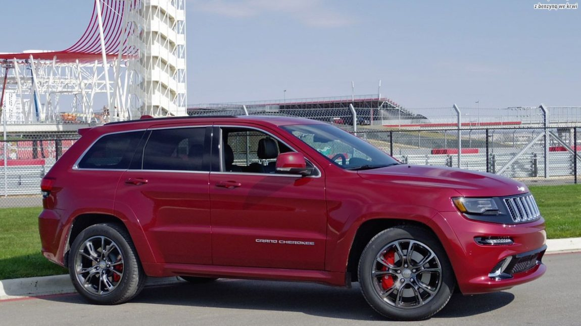 jeep_grand_cherokee_srt8_2014_ride_01.jpg
